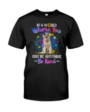 Golden Retriever and hippie Classic T-Shirt front