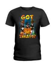 Rottweiler Got Treat 0108 Ladies T-Shirt thumbnail