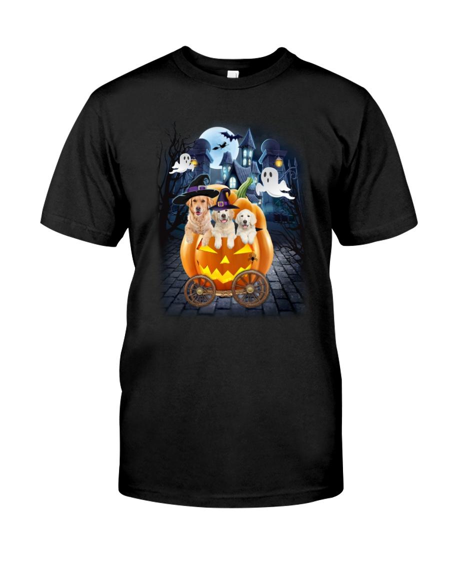 Golden Retriever in pumpkin carriage 0208 Classic T-Shirt