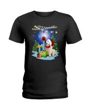 Golden Retriever and gift Ladies T-Shirt thumbnail