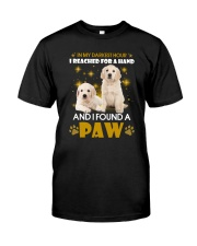 Golden Retriever paw Classic T-Shirt tile