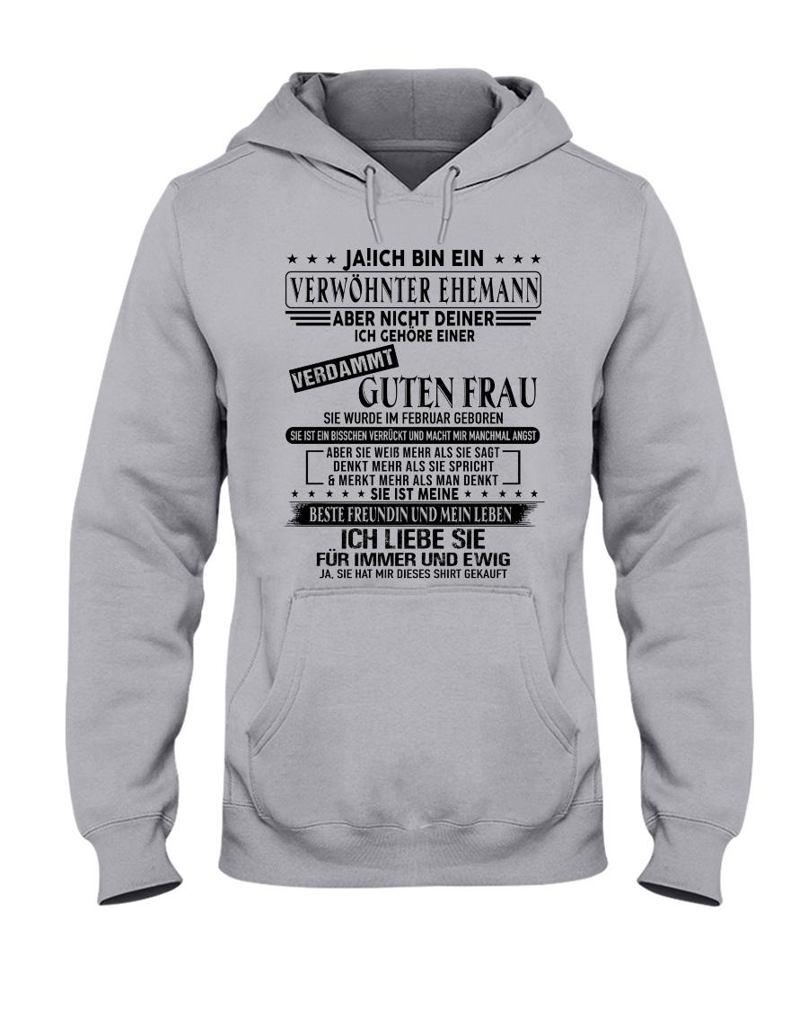 Verwohnter Mann - T02 Februar Hooded Sweatshirt