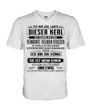LIMITIERTE AUFLAGE: Geschenke fur Freund - Oktober V-Neck T-Shirt thumbnail