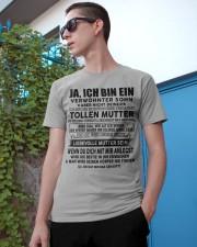 Perfektes Geschenk für Sohn TON00 Classic T-Shirt apparel-classic-tshirt-lifestyle-17