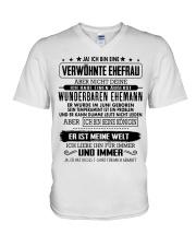 Geschenk fur Ehefrau H06 V-Neck T-Shirt thumbnail