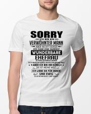 Wenderbare Ehefrau 02 Classic T-Shirt lifestyle-mens-crewneck-front-13