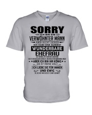 Wenderbare Ehefrau 02 V-Neck T-Shirt thumbnail
