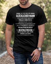 Besonderes Geschenk für Ehemann - Kun 04 Classic T-Shirt apparel-classic-tshirt-lifestyle-front-53