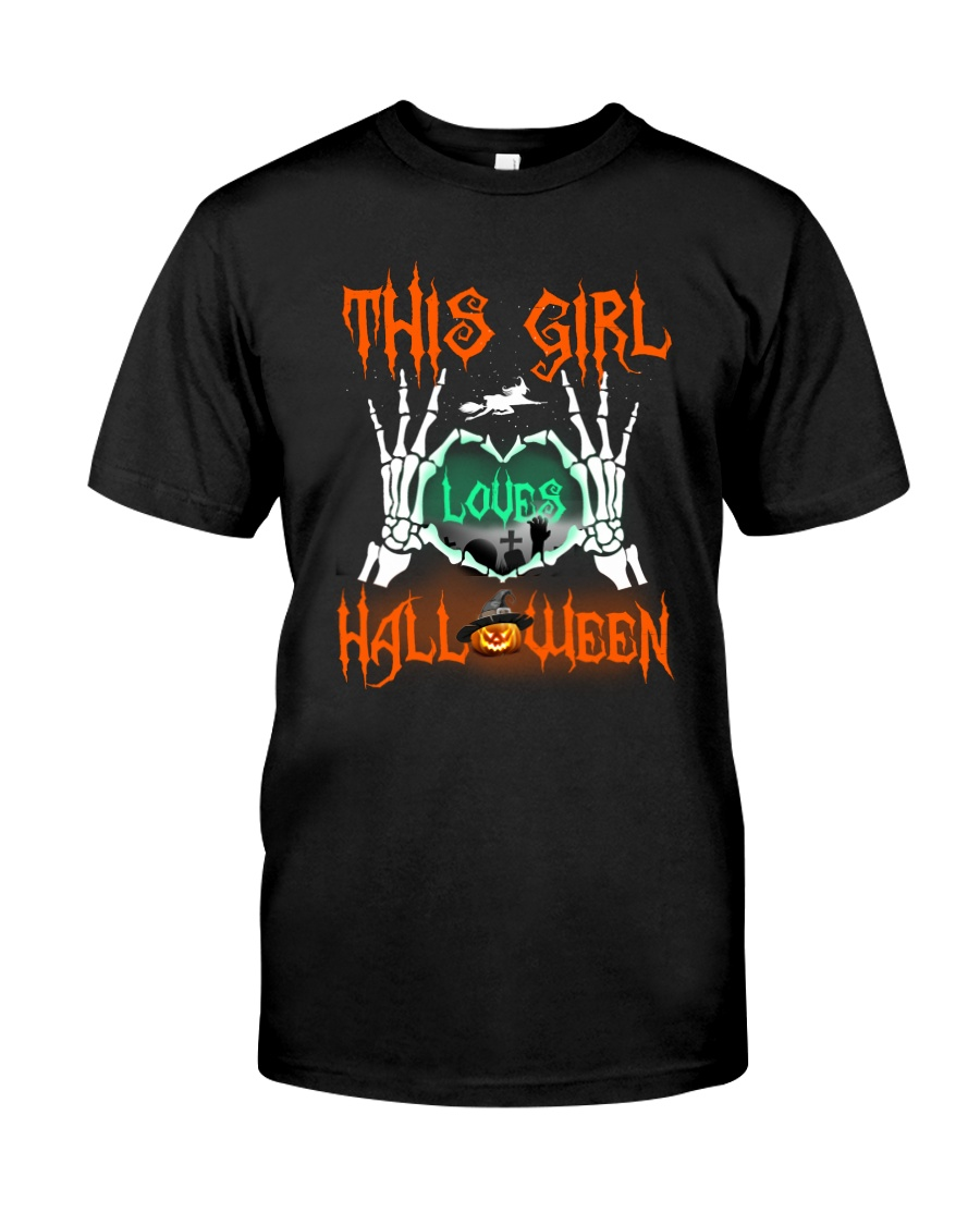THIS GIRL LOVES HALLOWEEN Classic T-Shirt