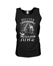 Never undrestimate an old man-T6 Unisex Tank tile