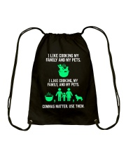 Great Shirt for English Teachers Drawstring Bag thumbnail