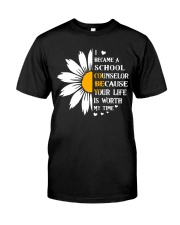 School Counselor Classic T-Shirt front