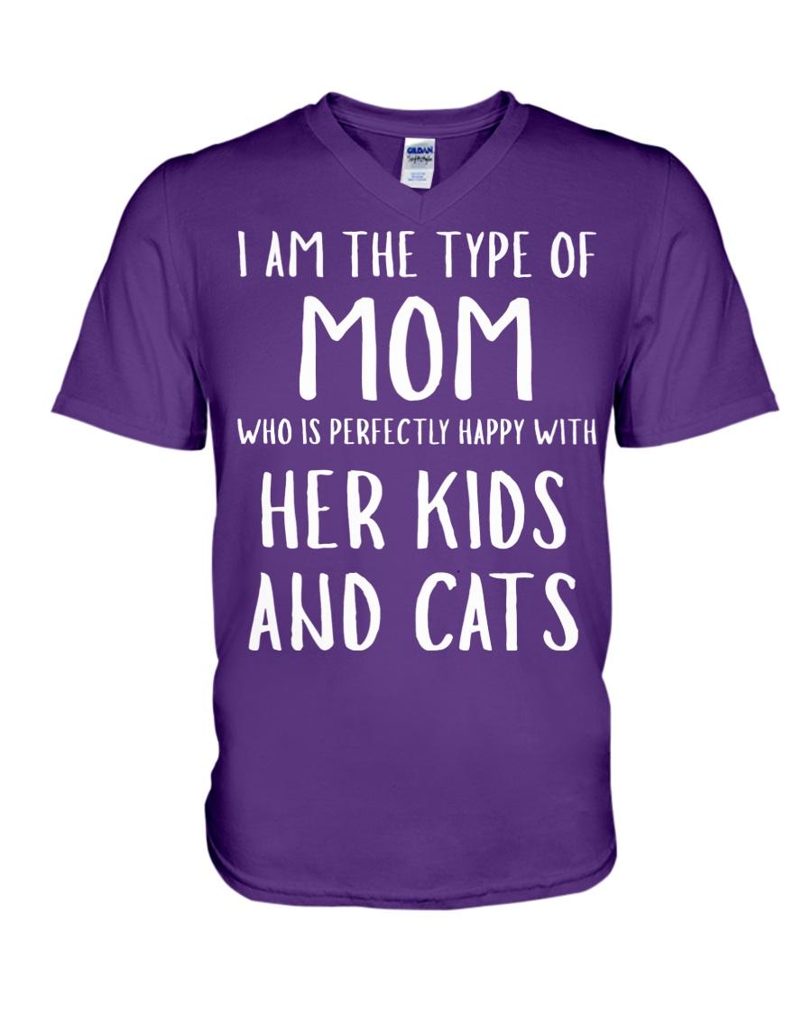Kids and Cats Mom Shirts V-Neck T-Shirt