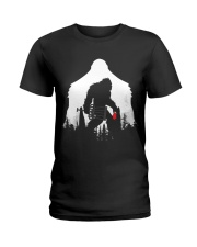 Bigfoot Disc golf in the forest Ladies T-Shirt thumbnail