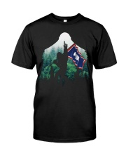 Bigfoot n1 Wyoming flag in the forest Classic T-Shirt thumbnail