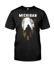 Michigan Bigfoot under the moon Classic T-Shirt thumbnail