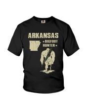 Arkansas - Bigfoot hunter Youth T-Shirt thumbnail