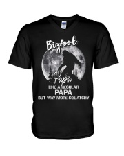 Mens Bigfoot Papa - Mug V-Neck T-Shirt thumbnail