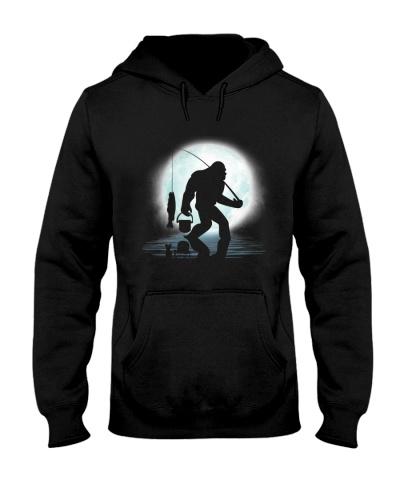 Bigfoot go fishing under the moon