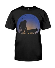 Bigfoot-Wolf Classic T-Shirt thumbnail
