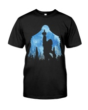 Bigfoot middle finger in the forest ver blue moon Classic T-Shirt thumbnail