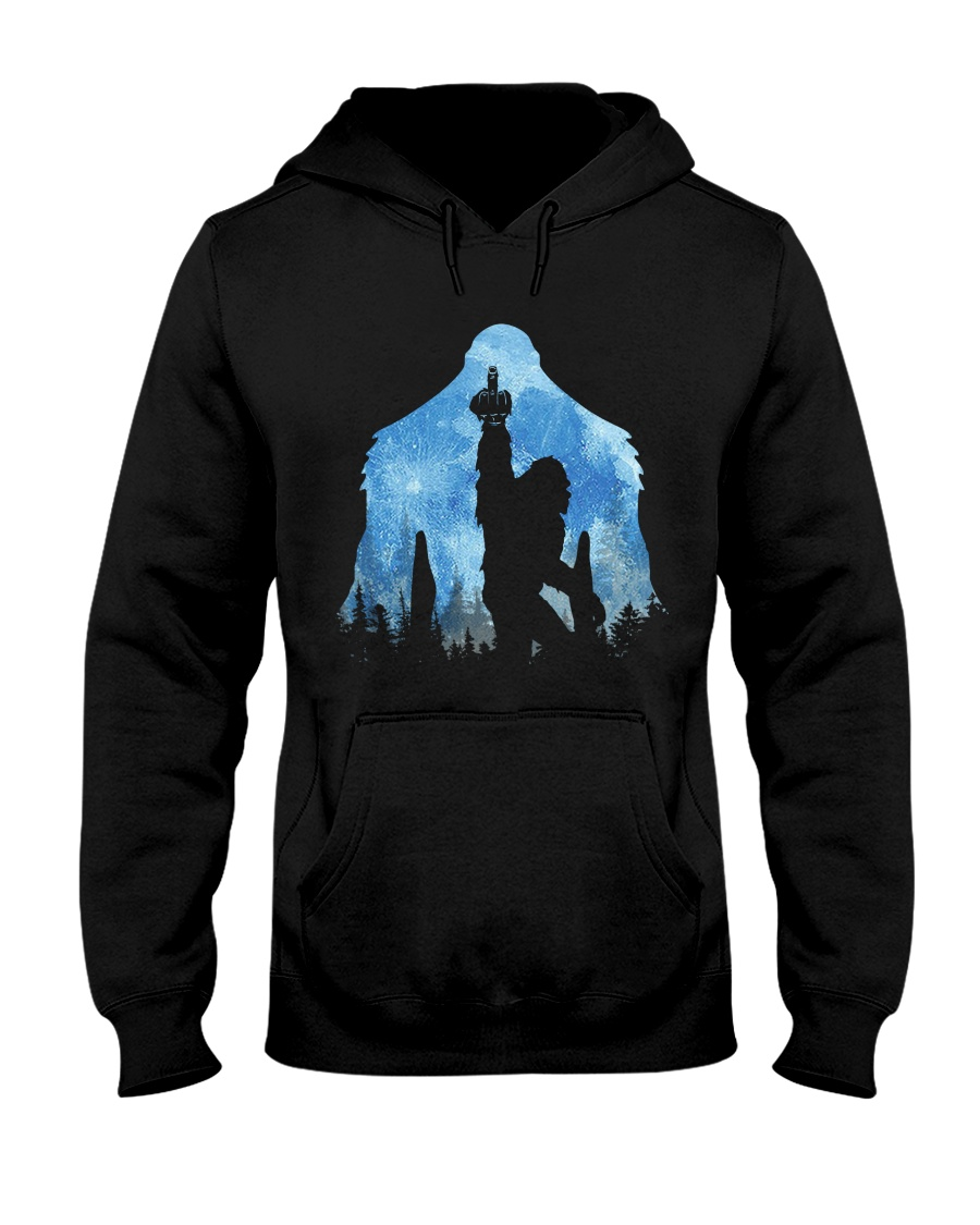 Bigfoot middle finger in the forest ver blue moon Hooded Sweatshirt
