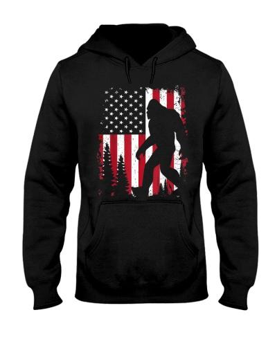 Bigfoot  American USA Flag