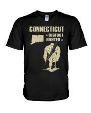 Connecticut - Bigfoot hunter V-Neck T-Shirt thumbnail