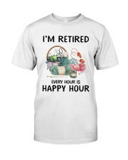 I'm retiered - knitting Classic T-Shirt thumbnail
