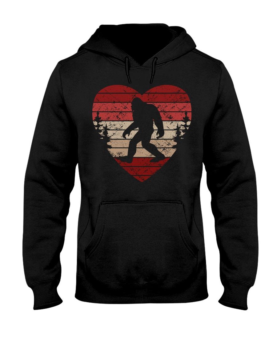 Vintage retro style bigfoot heart Hooded Sweatshirt