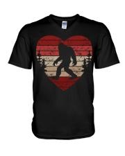 Vintage retro style bigfoot heart V-Neck T-Shirt thumbnail