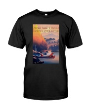 Kayak Dogs And She Lived Happily Ever After Shirt Classic T-Shirt front