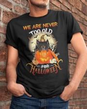 Dachshund - Halloween 02 Classic T-Shirt apparel-classic-tshirt-lifestyle-26