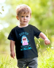 Shark 3rd Grade Doo Doo Doo - Tata Youth T-Shirt lifestyle-youth-tshirt-front-5