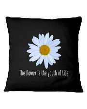 DAISY FLOWER TEE Square Pillowcase thumbnail