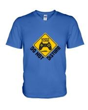 Gamer zone: Do not disturb V-Neck T-Shirt front