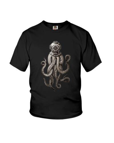 Retro SCUBA Diver Weird Octopus shirt Helmet