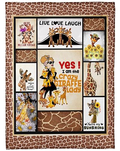 Crazy Giraffe Lady D19T9