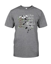 WHERE WORDS FAIL MUSIC SPEAKS Classic T-Shirt front