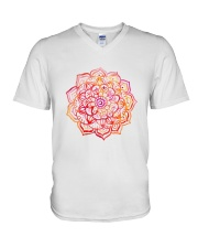 MANDALA 4 V-Neck T-Shirt tile