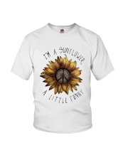 IM A SUNFLOWER A LITTLE FUNNY Youth T-Shirt thumbnail