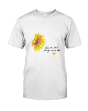 THE SMALLEST THINGS WARM THE HEART Classic T-Shirt front