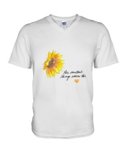 THE SMALLEST THINGS WARM THE HEART V-Neck T-Shirt thumbnail