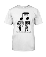 MUSIC COMECTS PEOPLE Classic T-Shirt front