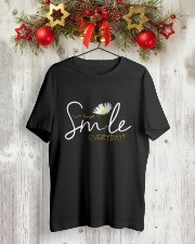 DON'T FORGET TO SMILE EVERYDAY Classic T-Shirt lifestyle-holiday-crewneck-front-2