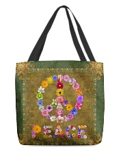 Flower Peace All-over Tote back