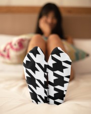 Large houndstooth pattern Crew Length Socks aos-accessory-crew-length-socks-lifestyle-back-02