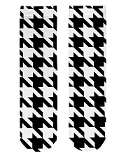 Large houndstooth pattern Crew Length Socks front