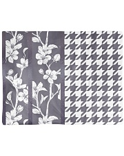 Grey houndstooth floral pattern Placemat thumbnail