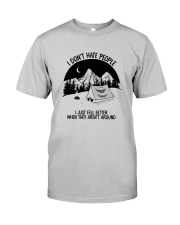 CAMPING DON'T HATE PEOPLE Classic T-Shirt front